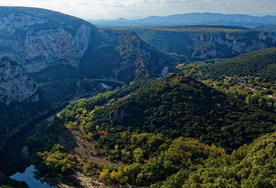 Panorama sur la réserve naturelle des gorges de l'Ardèche